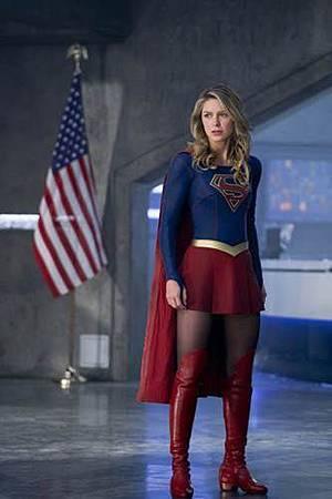 Supergirl3x22 (2).jpg