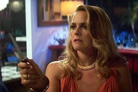 American Woman S01 (7).jpg