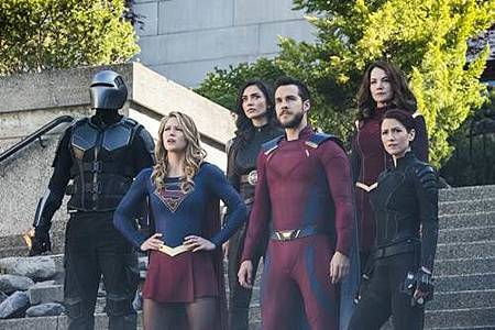 Supergirl3x23 (3).jpg