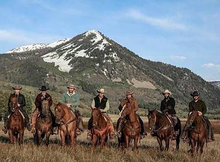 Yellowstone S01 (3).jpg
