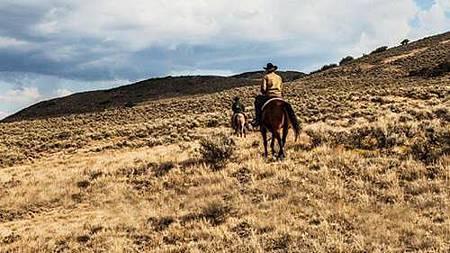 Yellowstone S01 (13).jpg
