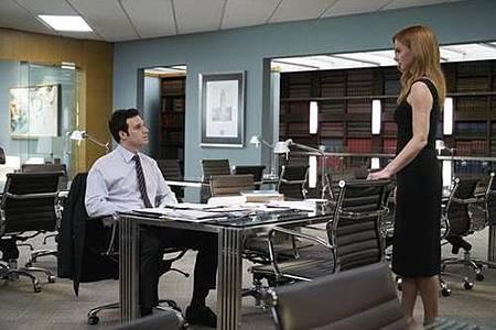 Suit S08 (7).jpg