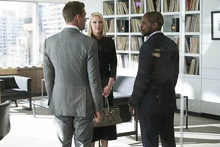 Suit S08 (8).jpg