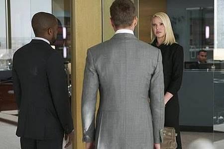 Suit S08 (13).jpg