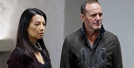 Ming-Na-Wen-as-Melinda-May-and-Clark-Gregg-as-Phil-Coulson-in-Agents-of-Shield.jpg