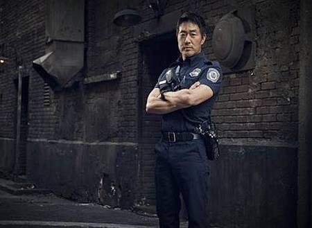 911 S02  cast (6).jpg