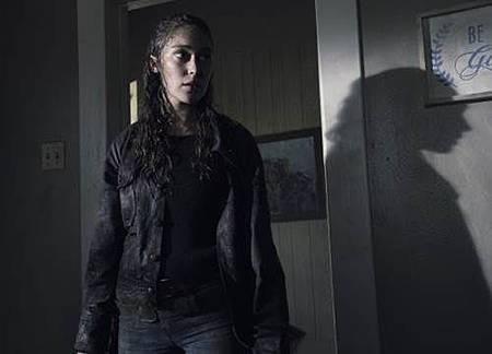 Fear The Walking Dead4x10 (3).jpg