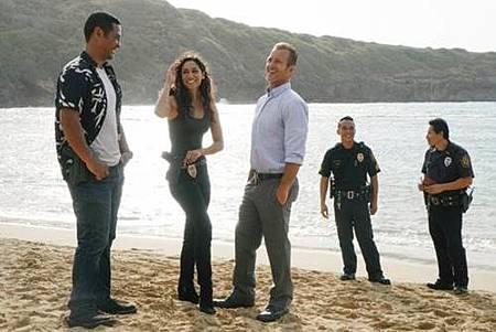 Hawaii Five-0 9x1 (2).jpg