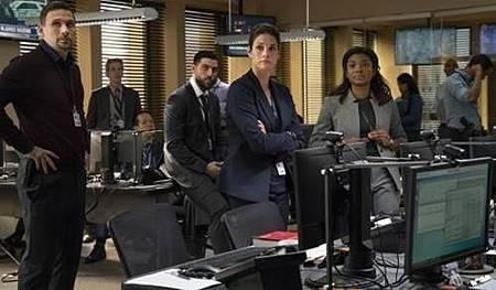 FBI 1x1 (5).jpg