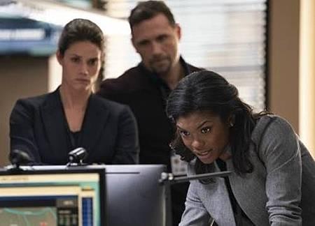 FBI 1x1 (6).jpg