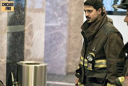 Chicago Fire 7x1 (6).jpg