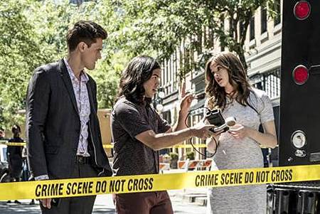 The Flash  5x1 (17).jpg