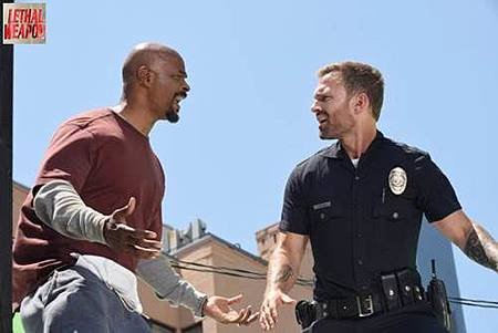 Lethal Weapon 3x1 (1).jpg
