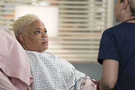 Grey's Anatomy 15×1 (4).jpg