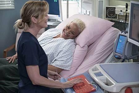 Grey's Anatomy 15×1 (6).jpg