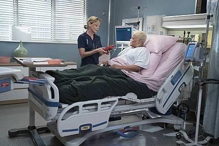 Grey's Anatomy 15×1 (8).jpg