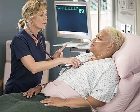Grey's Anatomy 15×1 (10).jpg