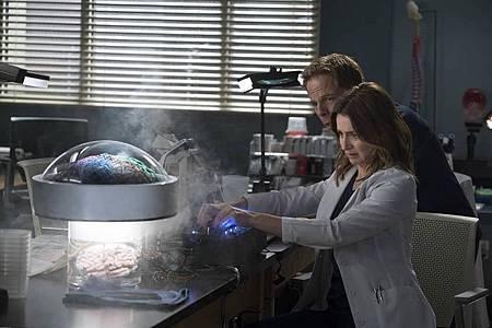 Grey's Anatomy 15×1  (14).jpg