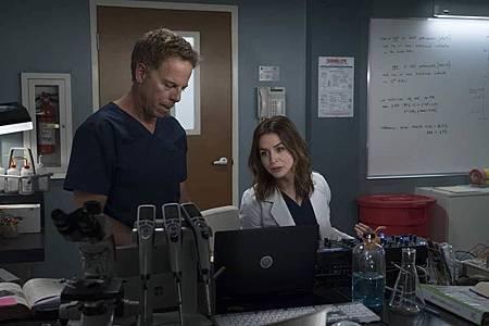 Grey's Anatomy 15×1  (15).jpg