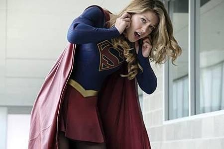 Supergirl 4x1 (14).jpg
