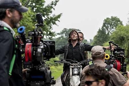 The Walking Dead 9x1 (3).jpg
