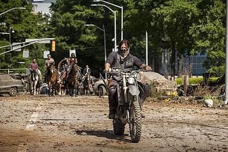 The Walking Dead 9x1 (8).jpg