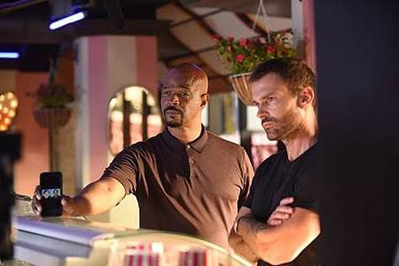 Lethal Weapon 3x3 (1).jpg