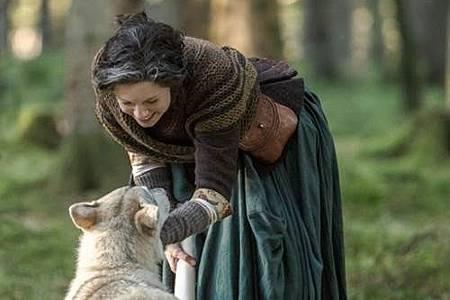 Outlander S04 (14).jpg