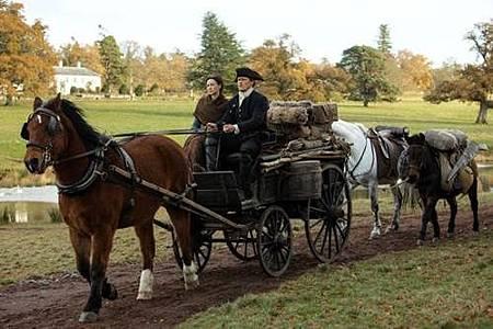 Outlander S04 (27).jpg