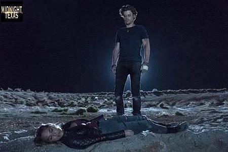 Midnight Texas 2x1 (8).jpg