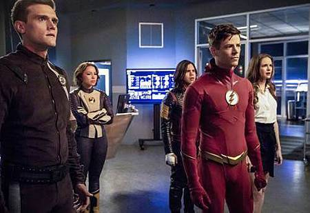 The Flash  5x2 (4).jpg