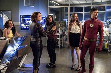 The Flash  5x2 (5).jpg