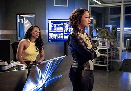 The Flash  5x2 (6).jpg