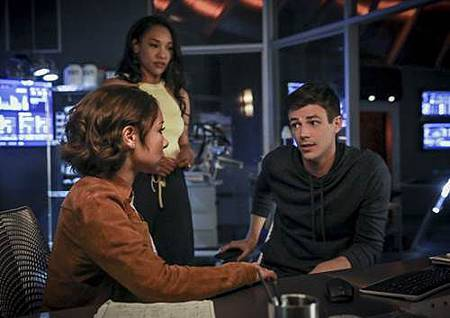 The Flash  5x2 (10).jpg