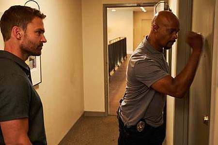 Lethal Weapon 3x4 (14).jpg