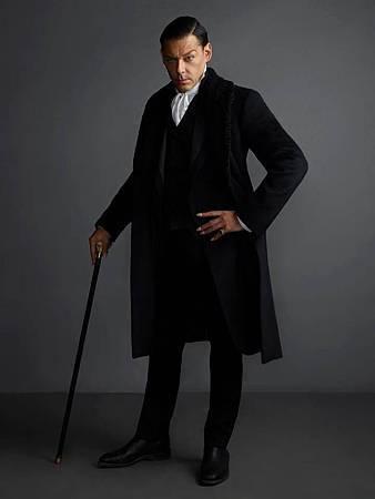 Father Blackwood(Richard Coyle).jpg