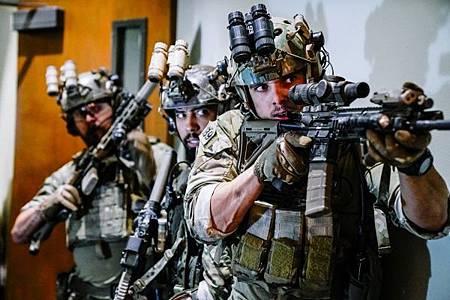 SEAL Team 2x05-05.jpg
