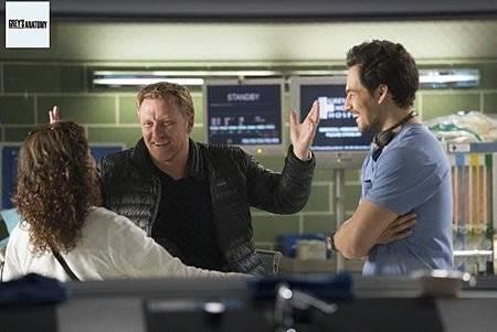 Grey's Anatomy 15x8 (3).jpg