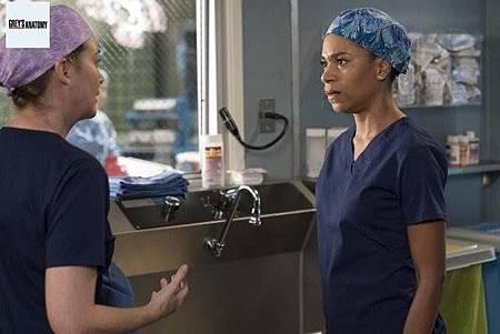Grey's Anatomy 15x8 (11).jpg