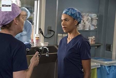 Grey's Anatomy 15x8 (25).jpg