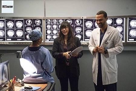 Grey's Anatomy 15x8 (35).jpg