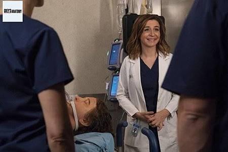Grey's Anatomy 15x8 (39).jpg