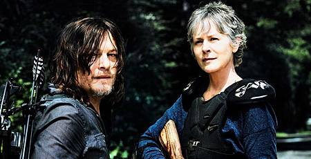 The-Walking-Dead-Carol-and-Daryl.jpg