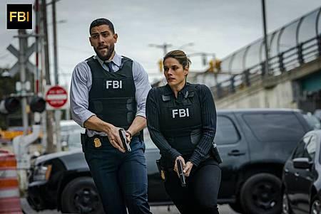 FBI 1×7 (14).jpg