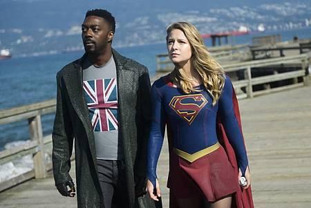 Supergirl 4x7 (10).jpg