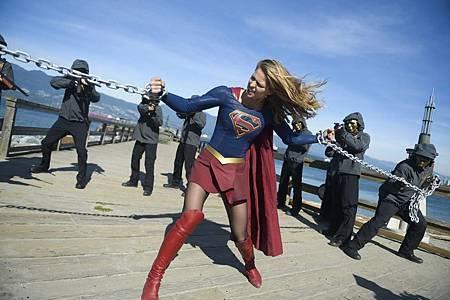 Supergirl 4x7 (11).jpg