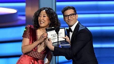 Sandra Oh和 Andy Samberg.jpg