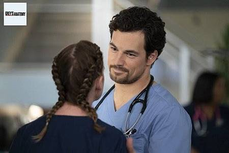 Grey's Anatomy 15x9 (10).jpg