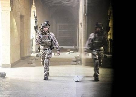 SEAL Team 2x12-10.jpg