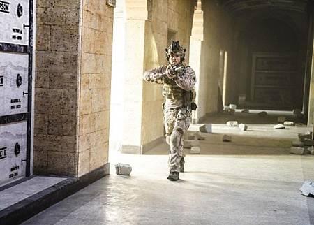 SEAL Team 2x12-11.jpg
